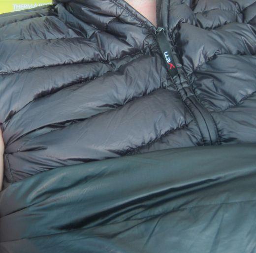 Wandermagazin Daunenjacken: mollig warm durch die kalte
